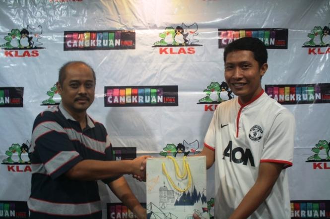 Foto bersama Pak Noor